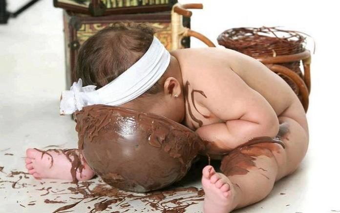 Как удалить пятно от шоколада