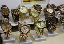 Как выбрать часы в подарок