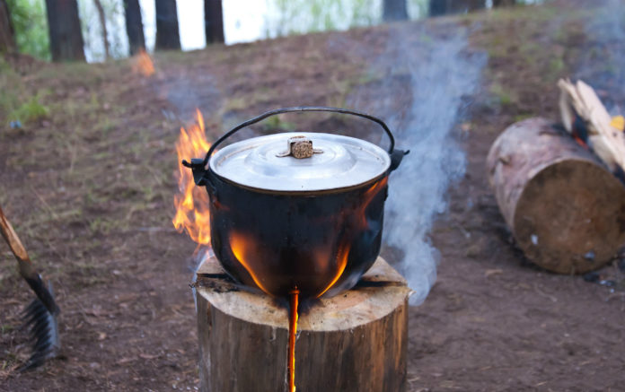 Как сделать финскую свечу своими руками