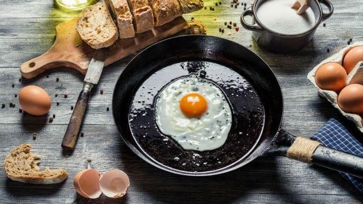 Как правильно ухаживать за тефлоновой сковородой?