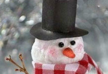 Снеговичок под ёлочку!
