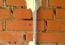 Технология установки строительных маяков при проведении штукатурных работ
