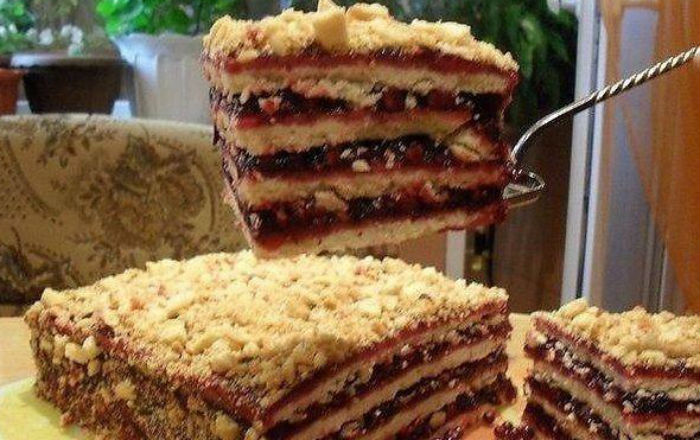 Тортик с брусничным вареньем