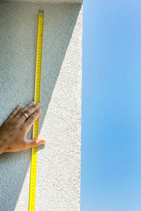 Как защитить балкон от голубей: пошаговая инструкция