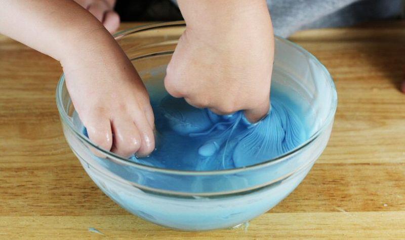 Самодельный «лизун» для эффективной уборки