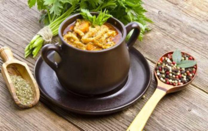 Подборка интересных рецептов блюд в горшочках