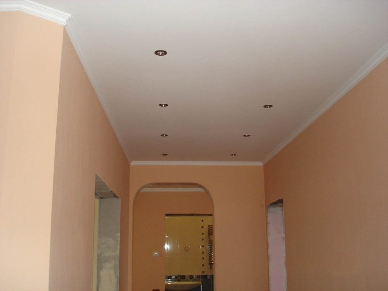 Как сделать шумоизоляцию потолка в квартире