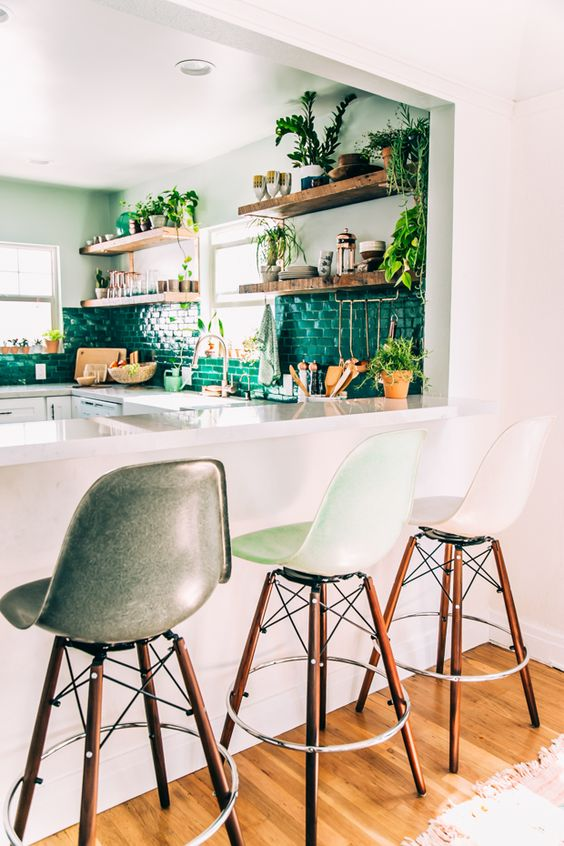 Необыкновенная изумрудная кухня