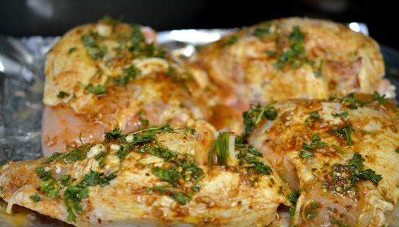 Простые и вкусные блюда из курицы: 10 рецептов