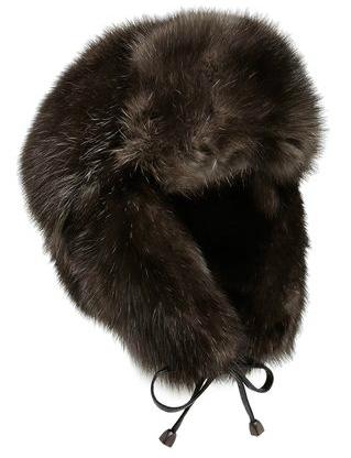 Спрячем шубу правильно, как убрать на хранение зимние вещи