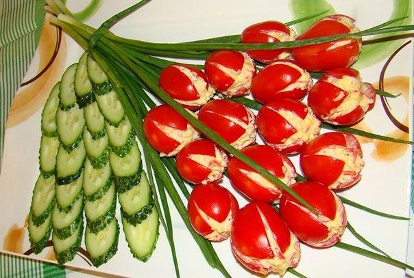 Холодная закуска Тюльпаны из помидоров к 8 марта!