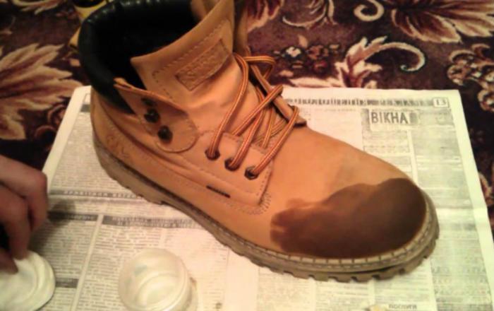 10 хитрых уловок, которые помогут вам спасти одежду и обувь