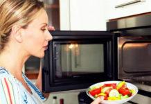 Десять причин НИКОГДА не использовать микроволновую печь