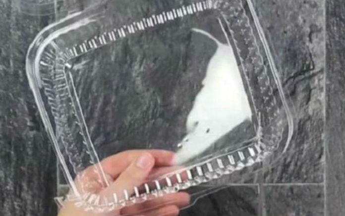 Не выбрасывай пластиковые упаковки, лучше положи их в духовку