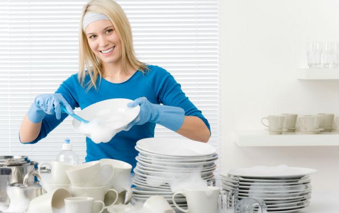 Универсальное чудо средство для мытья посуды, сантехники и стекла