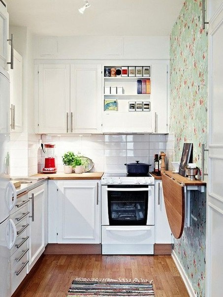 Примеры оформления очень узких кухонь