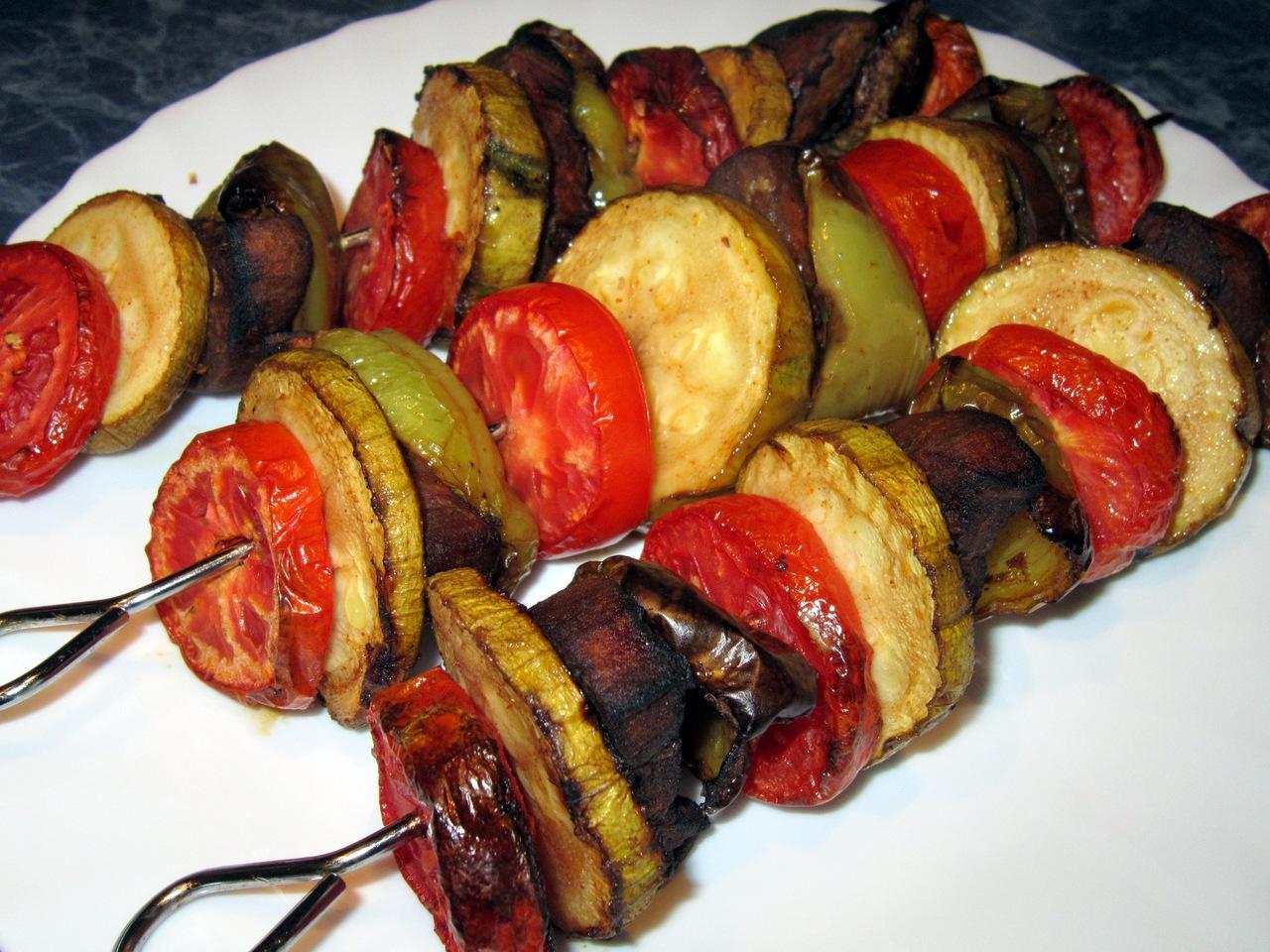 Овощной шашлык: