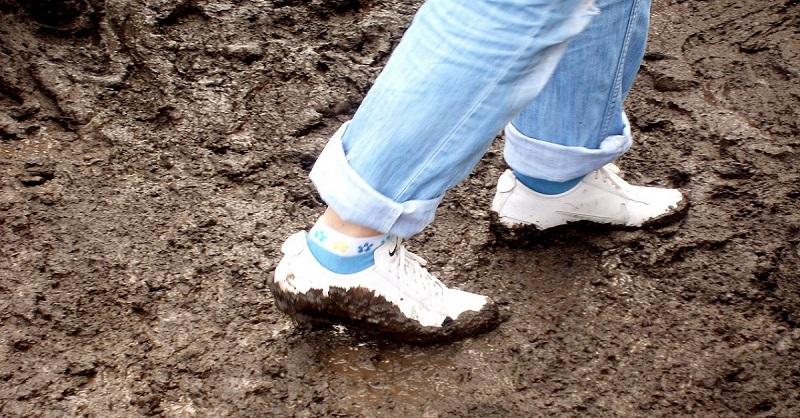 Теперь не боюсь покупать белую обувь! Знаю, как отмыть кроссовки и кеды в два счета …