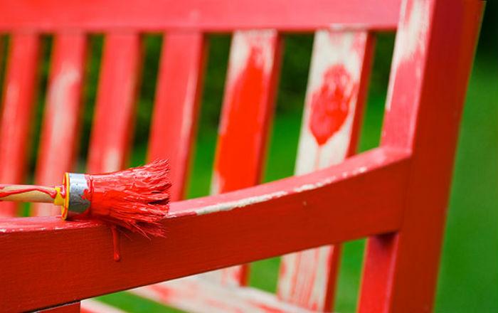 Как самостоятельно покрасить мебель?