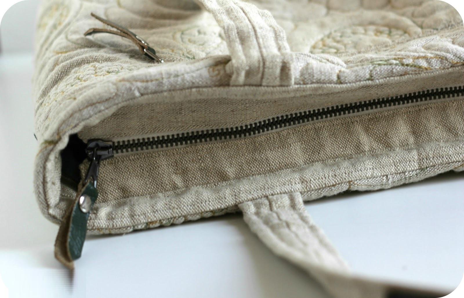 Как починить молнию на сумке: быстрый и простой способ?