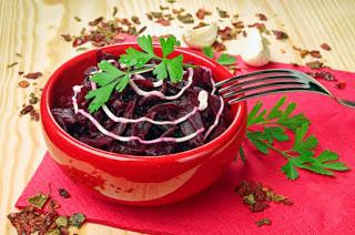 Салат из свеклы, который восстанавливает зрение, очищает кишечник и почки