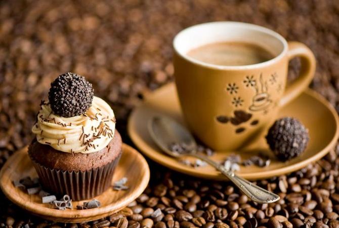 Почему утром нельзя кофе со сладостями