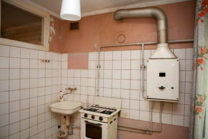 Грамотно обустроить кухню-малютку