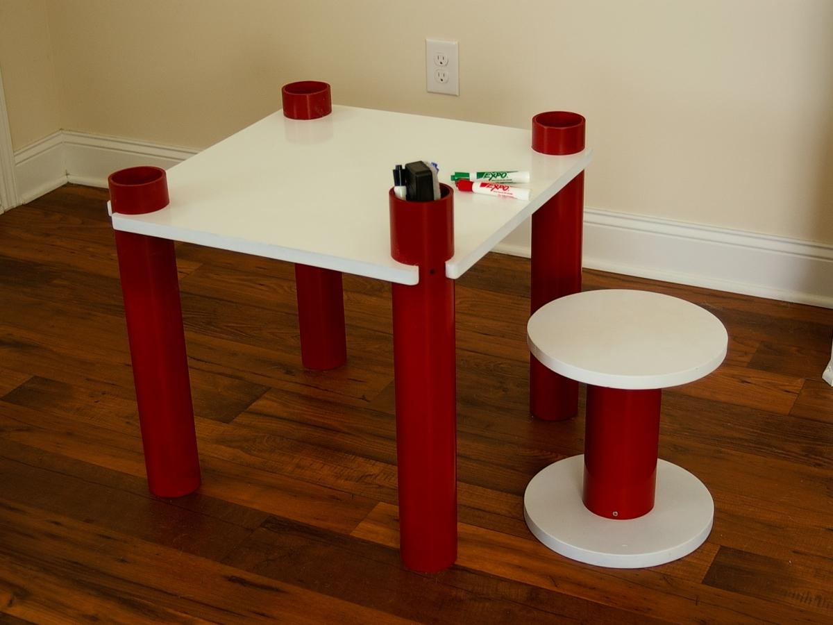Мебель и аксессуары для дома с использованием труб ПВХ