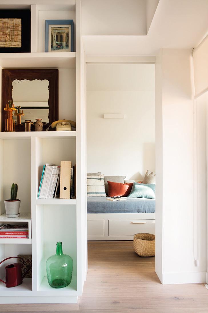 Трехкомнатная квартира на площади всего 60 кв. м в Барселоне