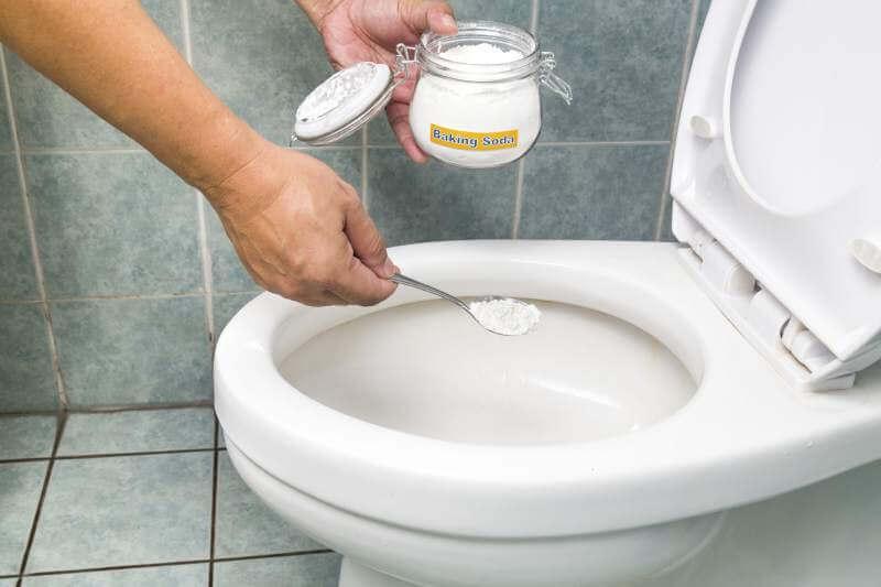 Натуральные средства по удалению налета с унитаза