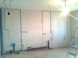 Замена электропроводки в доме при ремонте