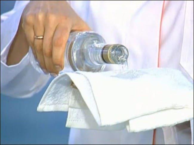 Водка хорошее средство для удаления желтизны