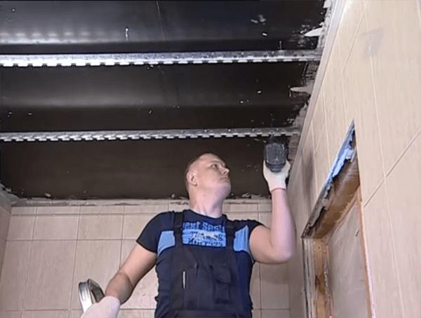 Какой потолок лучше сделать в ванной