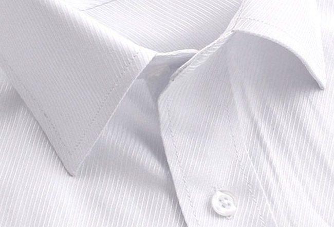 Отбелить белую рубашку поможет универсальная кальцинированная сода
