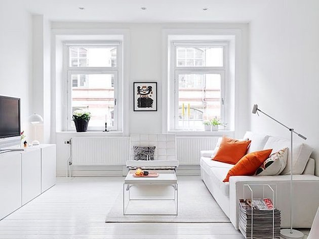 Стильный белый минималистичный интерьер
