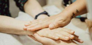 Практичные советы, которые спасут вашу кутикулу и руки от трещин, сухости, заусенцев и других зимних бед