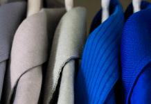 Как быстро избавиться от неприятного запаха в шкафу с одеждой