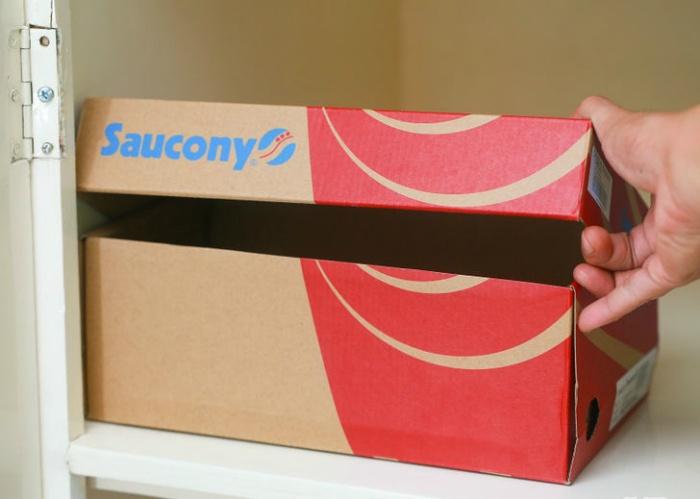 Храните вещи в коробках из-под обуви.