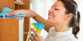 Как и чем правильно вытирать пыль, чтобы она долго не оседала