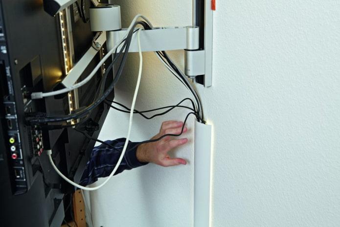 Убрать провода в декоративный короб