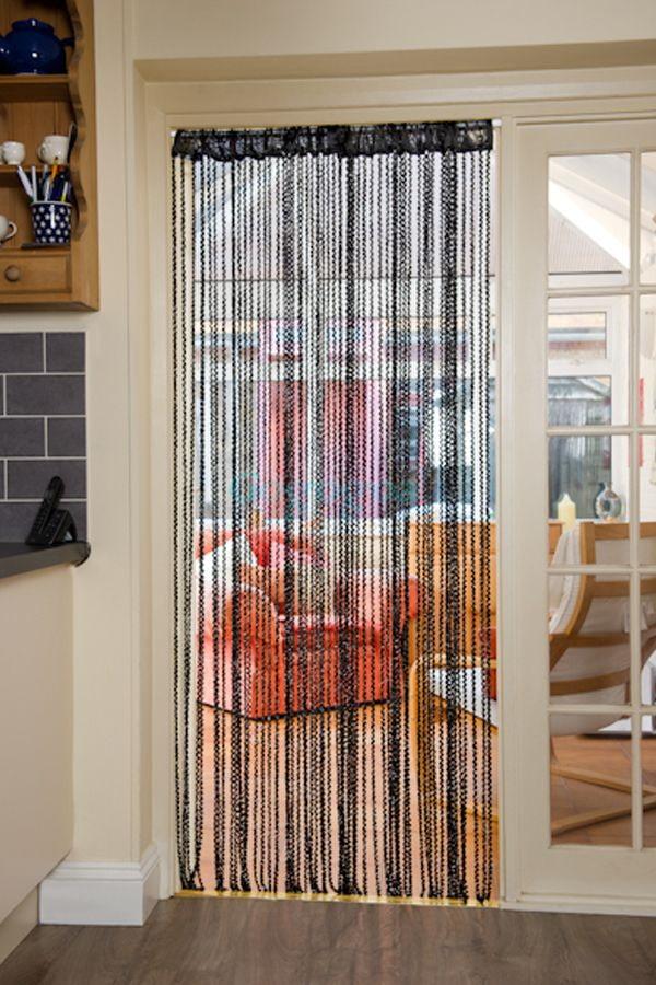 шторы-висюльки на двери в интерьере