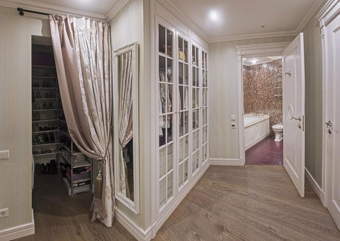 шторы вместо двери в интерьере