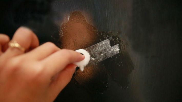 Чем отмыть малярный скотч: от пластикового окна, металла, стекла