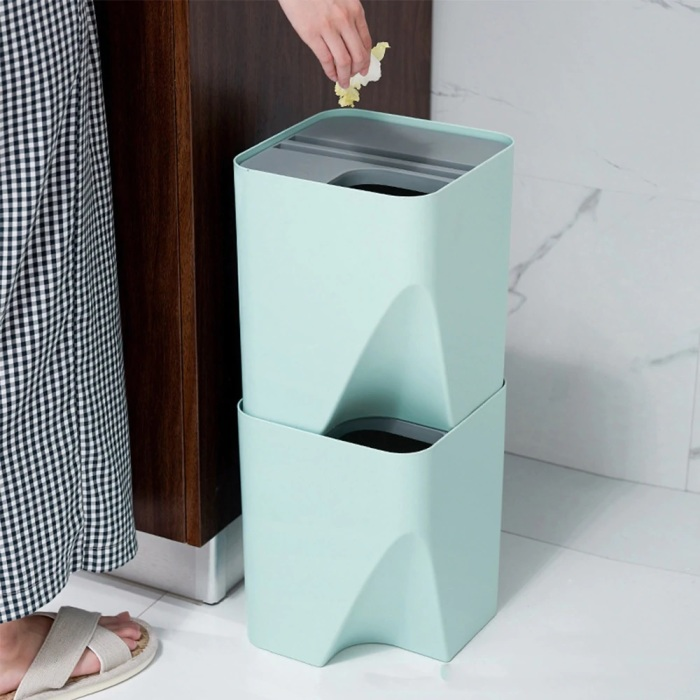 Система из двух ведер позволяет раздельно собирать пищевые отходы и прочий мусор. /Фото: ae01.alicdn.com