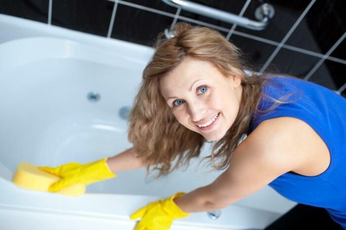 Акриловые ванны больше всего подвержены механическим повреждениям / Фото: fox-sound.ru