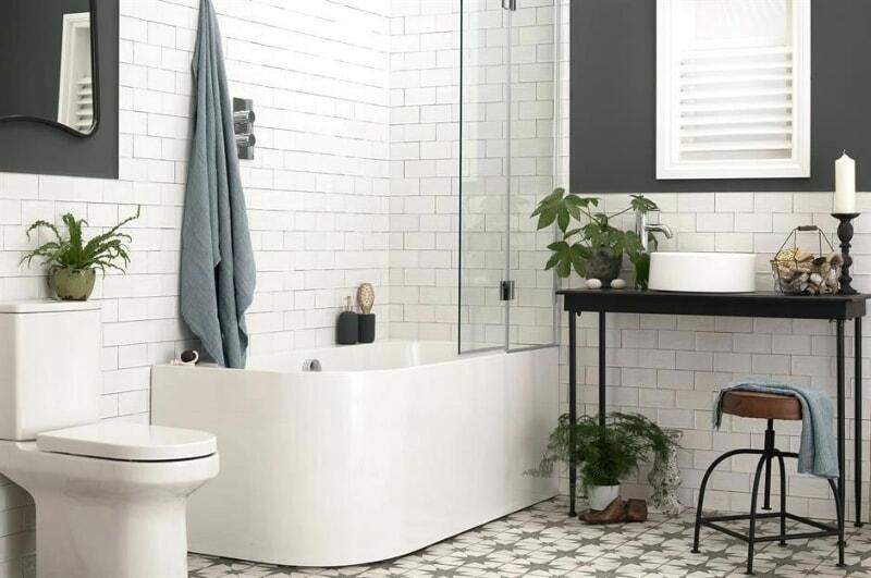 https://prolife.ru.com/wp-content/uploads/2019/10/white-bathroom-ideas-walls-and-floors-ltd-a-modern-white-bathroom-white-tile-small-bathroom-ideas.jpg
