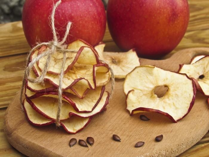Яблочные чипсы. \ Фото: delo-vcusa.ru.