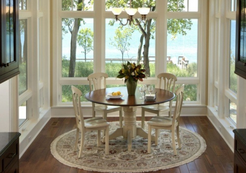 http://strport.ru/sites/default/files/resize/1380659542_traditional-dining-room_22-500x352.jpg