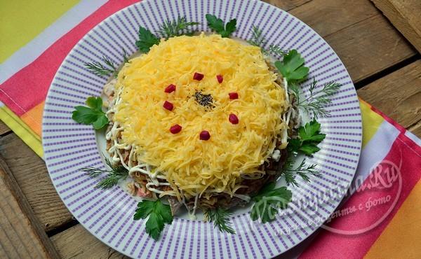https://womanhappiness.ru/wp-content/uploads/2018/11/salatskurinpechenjui17.jpg