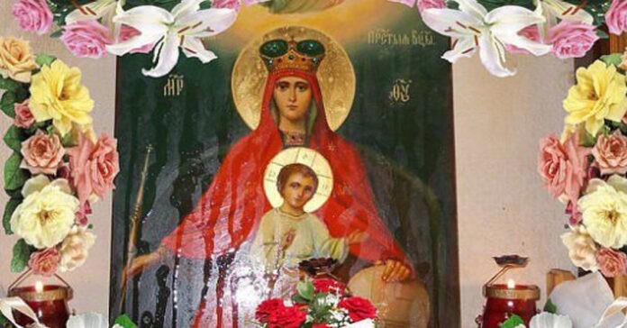 silnaya-molitva-kotoruyu-vsegda-noshu-s-soboj-oberegaet-vsyu-semyu-ot-zla